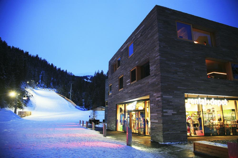 Laax Ski Snowboard Photos