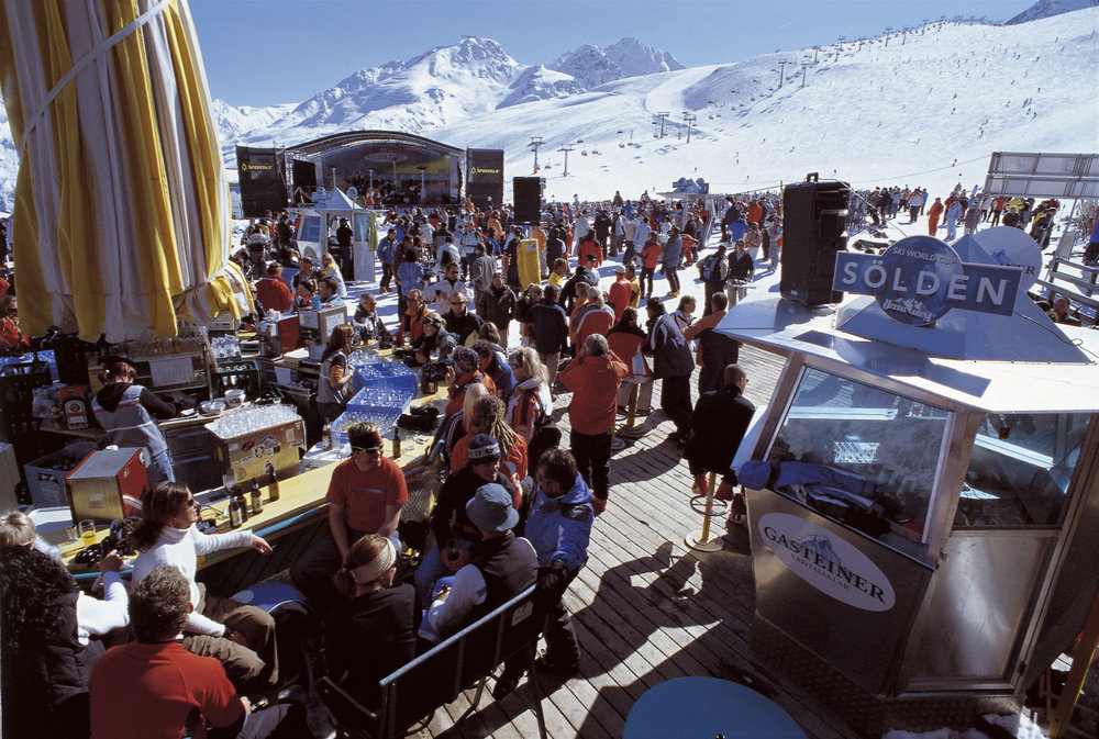 Après ski tot in de late uurtjes in Sölden - © Solden Tourism