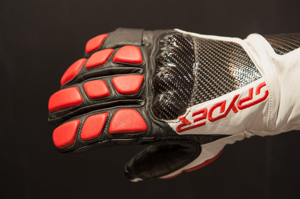 The Spyder Team glove. - ©Ashleigh Miller Photography