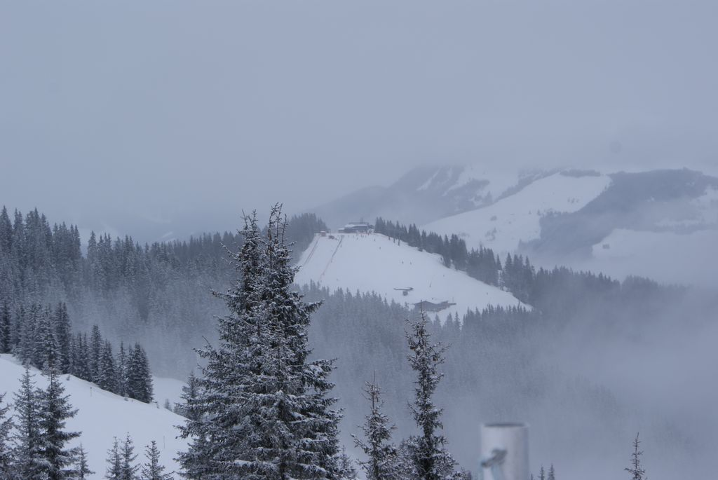 Das Gebiet um den Sonnkogel bekommt üblicherweise mehr Sonne ab und ist auch skifahrerisch sehr interessant! - © Gernot Schweigkofler