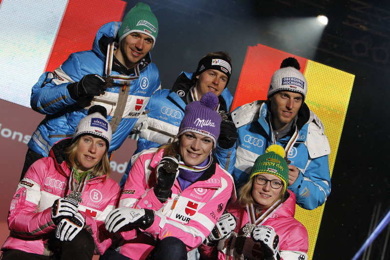 Bronze im Team: DSV-Sextett mit guter Laune nach dem Teamentscheid - © Christophe Pallot/AGENCE ZOOM