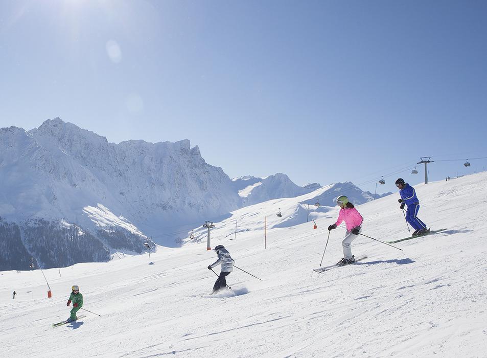 Skifahren in Savognin - © Savognin Bergbahnen AG