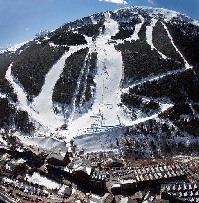 Soldeu, l'une des six portes d'entrée du domaine skiable de Grandvalira - © Grandvalira Tourism