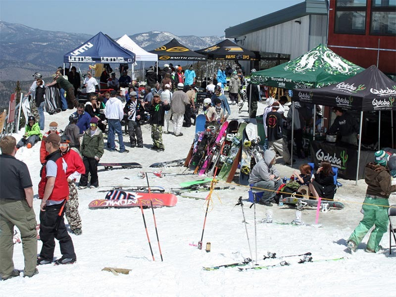 Skiers and boarders at Echo Mountain Park, Colo.