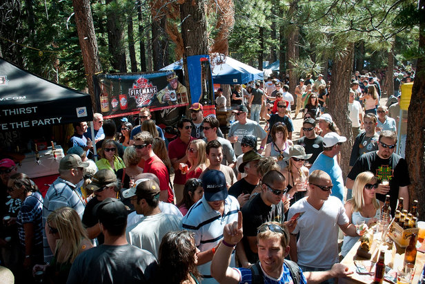 Best Summer Music Festivals in the Mountains- ©Mammoth Festival of Beers & Bluesapalooza