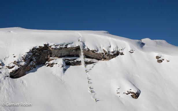 La mythique barre des monos à Courchevel 1650. Les conditions étaient parfaites ce jour là, un beau matelas de neige n'attendait qu'une personne assez affamée pour s'y poser...