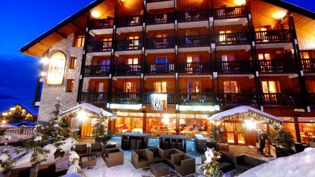 low rates in january get the best of ski holidays with 10