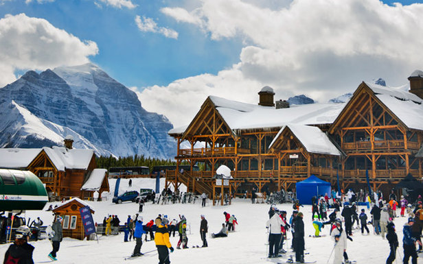 Consistently named one of the world's most beautiful ski resorts, Lake Louise is always ready to amaze.