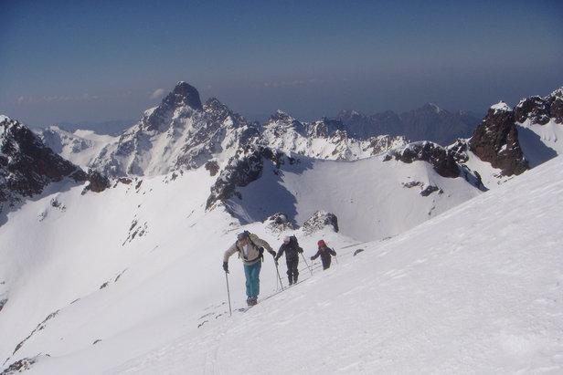 Ski mountaineering in Corsica  - © Montagnes de Corse.