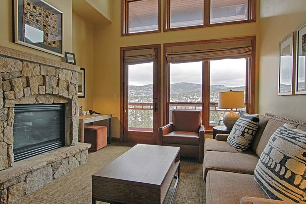 Luxury Lodges for Family Spring Skiing ©Valdoro Mountain Lodge by Hilton Grand Vacations Suites