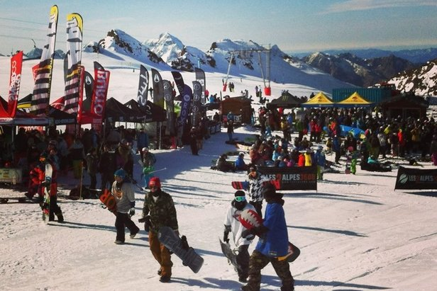 Les 2 Alpes opens skiing for October half term- ©Les 2 Alpes