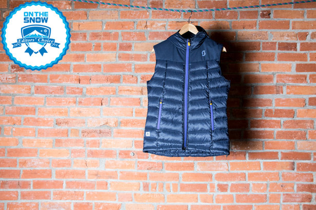 2015 Women's Mid Layer Editors' Choice: SCOTT Solute Women's Vest ©Liam Doran