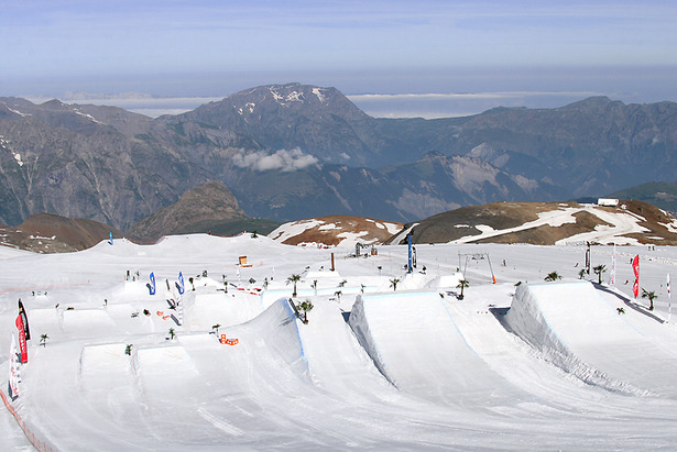 Summer skiing at Les 2 Alpes kicks off June 22- ©Les 2 Alpes Tourisme