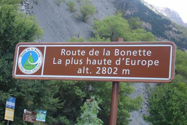 La vallée de l'Ubaye et ses 7 cols (sont celui de la Bonette), constituent un terrain de jeu privilégiée pour les cyclistes