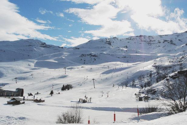 Superbes conditions de ski à Paiu Engaly où la neige est bien là! Venez en profiter !