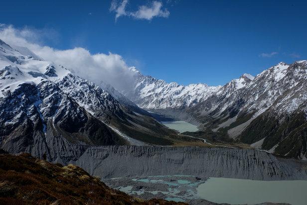 Schneebedeckte Berge im Hooker Valley  - © Julia Mohr