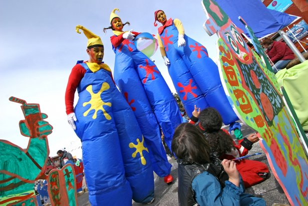 JUNIOR FOLIZ, festival pour les familles, un véritable succès chaque hiver aux 2 Alpes entre animations, spectacles, ateliers de découvertes et artistique  - © B.LONGO / OT Les 2 Alpes