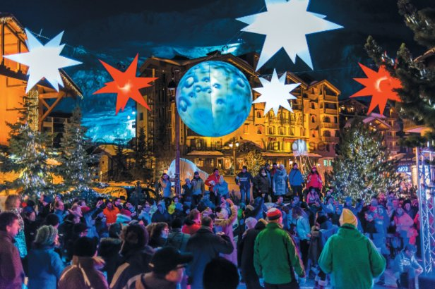 Listen to the carollers, enjoy the live music, and guzzle the vin chaud and hot chocolate in Val d'Isere at Christmas