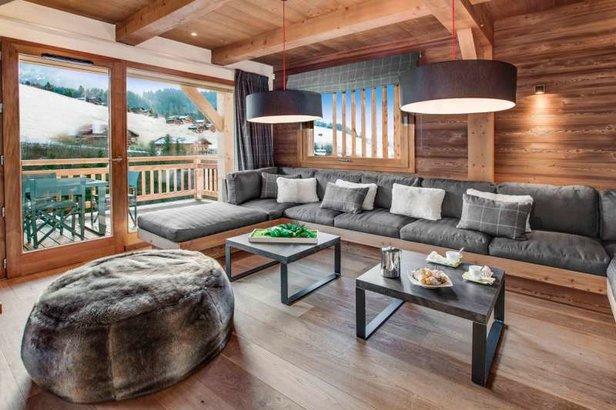 Magnifique chalet, spacieux, orienté plein sud face aux pistes de ski du Grand Bornand  - © Chalet Meringue