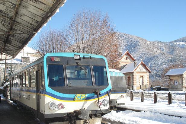 Le Train des Neiges des Chemins de Fer de Provence propose  un aller typique vers le Val d'Allos