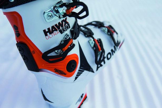 Zwei Skischuhe 16/17 im Vergleich: Nordica Speedmachine 130 vs. Atomic Hawx Ultra 130- ©Atomic