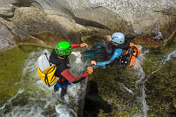 (ete) - Canyoning (photo Grenoble-Ecrins)