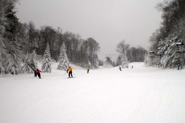 Some Resorts Close Early in Eastern North America