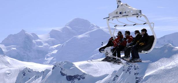Average French Snow Depth 8 Feet (2.4m)