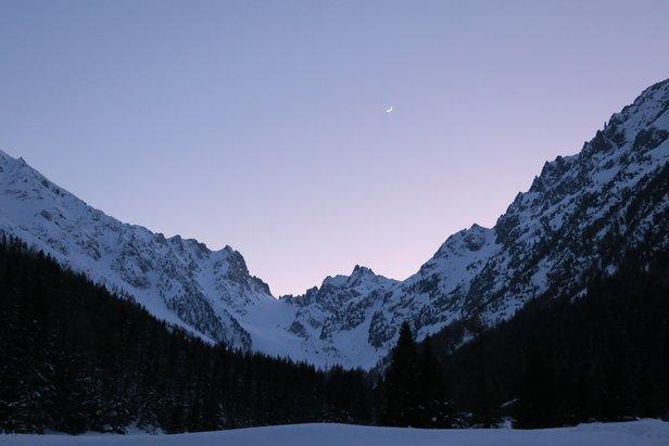Man starter å gå tidlig på morgenen, og er man heldig får man oppleve slike vakre øyeblikk.  - © Øydis Kristine Flateby