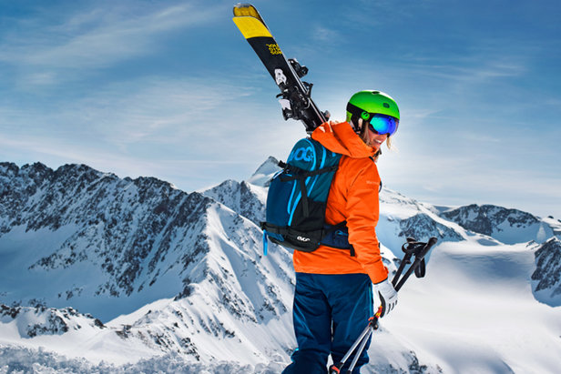 Prima di andare a sciare - ©SportScheck Stubaier Gletscher