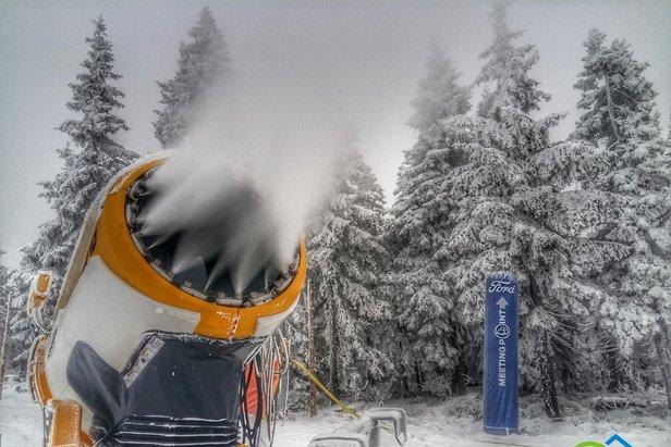Na sjezdovce Anděl na Černé hoře začíná v pátek lyžařská sezóna 27e131d8dc