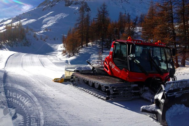 Derniers préparatifs sur le domaine skiable de Serre Chevalier où vous êtes attendus dès ce week-ed (3 et 4 décembre) pour une pré-ouverture