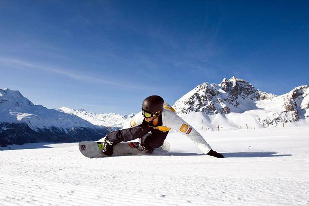 Frühlingsskifahren mit Sonnenschein: Auf den letzten Drücker nach St. Moritz