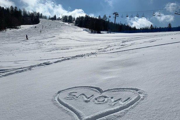 Dove sciare oggi? Aggiornamenti meteo & neveSnowparadise Veľká Rača Oščadnica