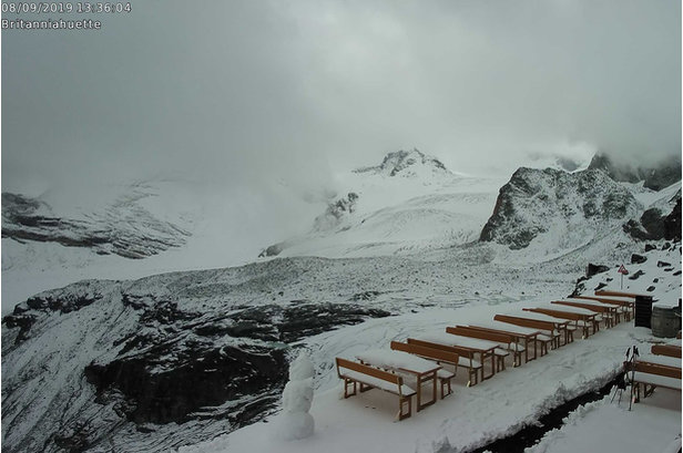 10cm of snow in Saas-Fee 8.9.19