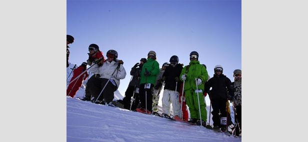 Young European freeskiers unite in Val Thorens