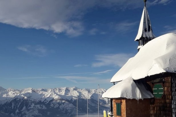 Fresh snow in Zell am See (20/11); opens this weekend!  - © Zell am See/Facebook