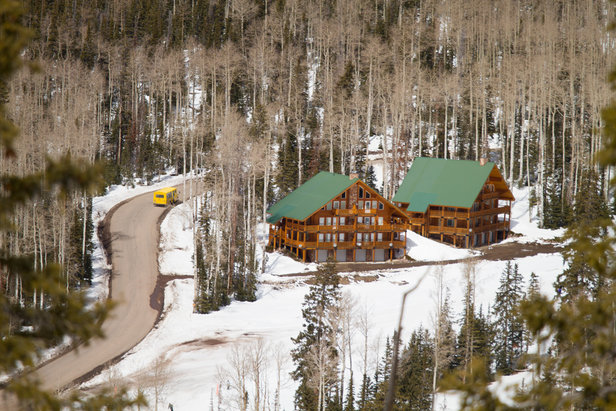 Something Luxe, Something New: Explore Utah's Winter Ski LodgingCourtesy of Eagle Point