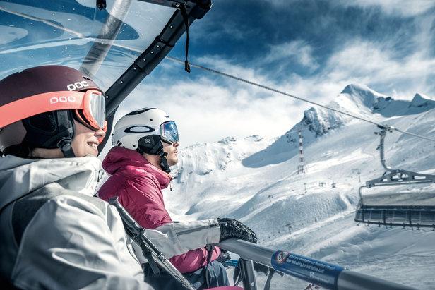 Blick auf die Gletscherpisten am Kitzsteinhorn