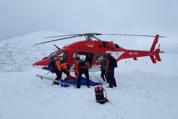 Na miejsce wypadku wezwano helikopter ratunkowy - zdjęcie archiwalne