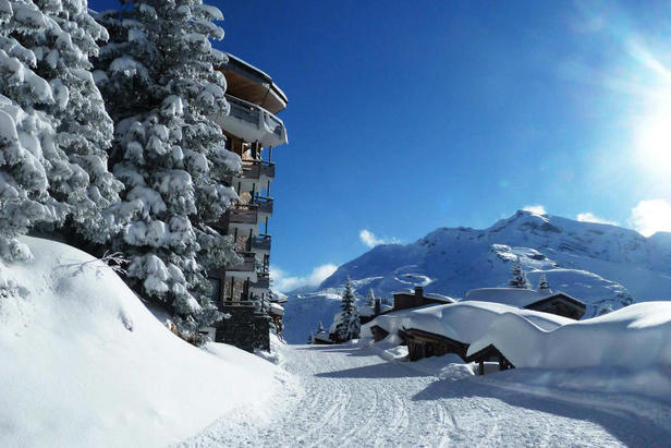 Where is the snow in Europe and North America?- ©OT d'Avoriaz