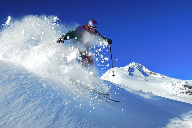 2017/2018 Early Bird Season Pass Prices: Pacific Northwest - ©Jay Carroll/Mt. Hood Meadows