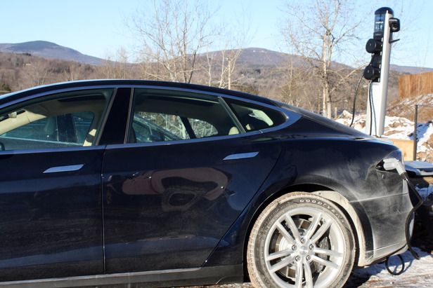Windham Mountain Unveils Electric Vehicle Charging Station