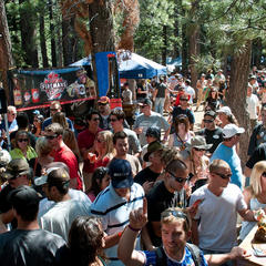 Arrive early on Saturday for the Mammoth Festival of Beers & Bluesapalooza to take full advantage of the Grand Tasting. - © Mammoth Festival of Beers & Bluesapalooza