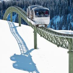De Tschuggen Express skilift in het Zwitserse Arosa - © Tschuggen Hotel Group AG