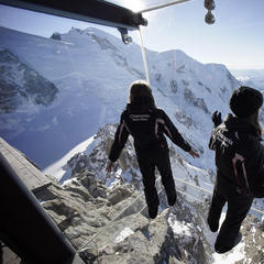 Three of the scariest viewing platforms in the Alps - ©Chamonix Tourism