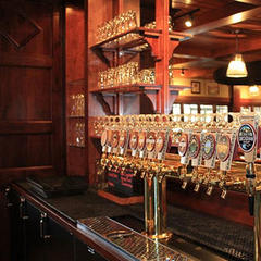 Deschutes Brewery Bend Public House. - © Deschutes Brewery Bend Public House.