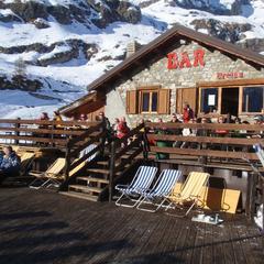 Tipy na jarní lyžovačku: 5 nejlepších lyžařských středisek v Itálii - ©Baita Cretaz, Cervinia