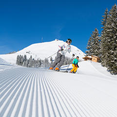 Skiwelt Wilder Kaiser Brixental: Platz auf der Piste und Anreise im Fernbus - © SkiWelt Wilder Kaiser – Brixental / W9 Studios