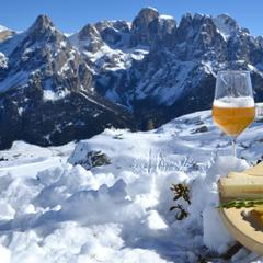 Aperitivo a San Martino di Castrozza? Happy Cheese! - ©Sanmartino.com
